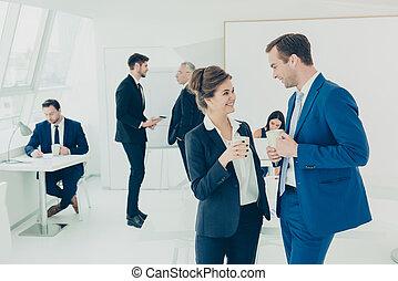 boire, collègues, coupure, deux, heureux, conversation, bureau., café