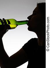 boire, femme, bouteille, alcoolique