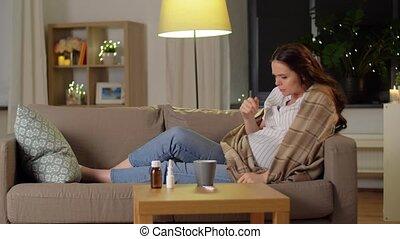 boire, femme, thé, pregnant, malade, tousser