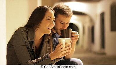 boire, nuit, couple, café, conversation