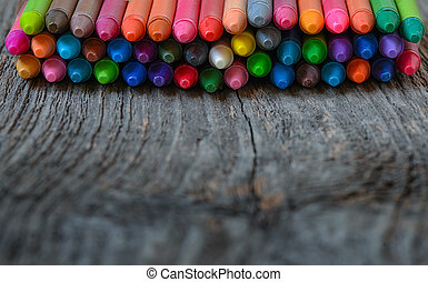 bois, aligné, fond, coloration, crayons