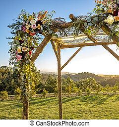 bois, baldaquin, soutien, fleurs, dentelle