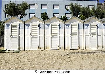 bois hutte plage rocheux tha lande photographie de stock rechercher des images et des. Black Bedroom Furniture Sets. Home Design Ideas