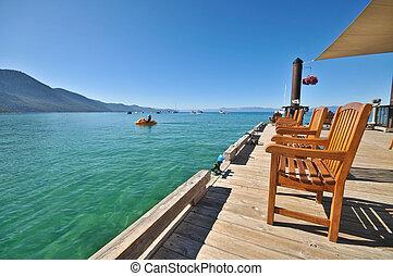 bois, chaises, sur, a, dock