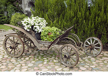 bois, chariot, fleurs, vieux, rempli