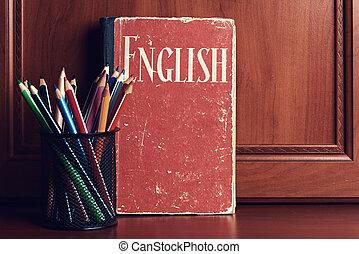 bois, crayons, table, dictionnaire, anglaise
