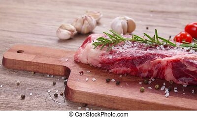 bois, cuisine, boeuf, bifteck cru, table., concept.