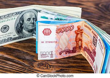 bois deux, surface, dollar, russe, billets banque, nous, sélectif, debout, gros plan, foyer, brun, rubl, tas