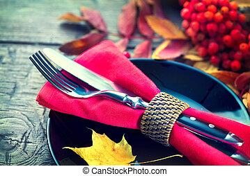 bois, feuilles, dîner, thanksgiving, automne, clair, servi, table, décoré