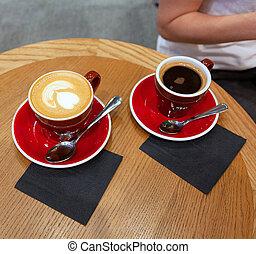 bois, latte, art, tasses café, table, deux
