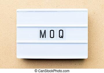 bois, mot, quantity), lightbox, (abbreviation, moq, minimum,...