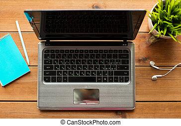 bois, ordinateur portable, haut, informatique, fin, table