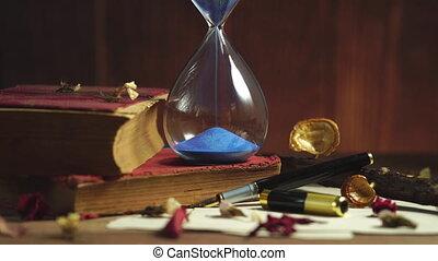 bois, sable, horloge, vieux, table., livre
