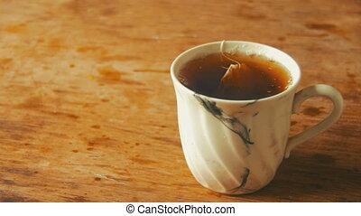 bois, thé, table, tasse
