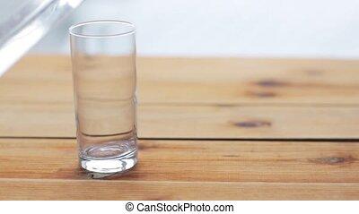 bois, versant eau, table, verre
