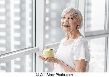 boisson, chaud, personne agee, apprécier, dame, heureux