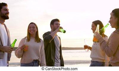 boissons, plage, alcoolique, amis, non, grillage