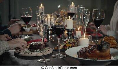 boissons, restaurant., concept, manger, gens, -, nourriture, fetes, boire, loisir, amis, heureux