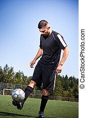 bola, chutando, jogador de futebol, hispânico, futebol, ou