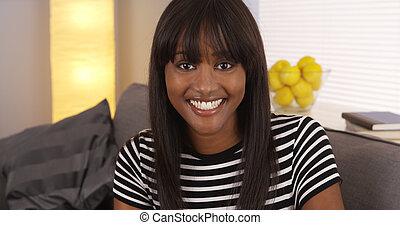 boldog, black woman, mosolygós, fényképezőgép