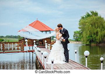 boldog, esküvő párosít, menyasszony inas, dísztér