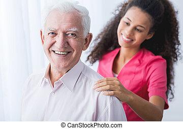 boldog, idősebb ember, és, caregiver