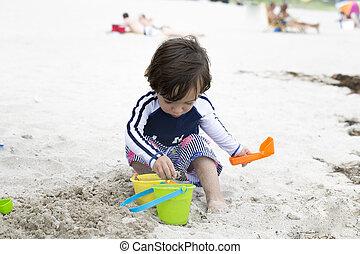 boldog, tengerpart, játék, gyermek