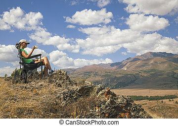 boldog, természetjáró, leány, képben látható, a, hegy