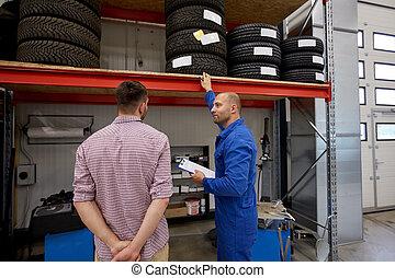 bolt, autó, gumiabroncsok, szerelő, autó, ember