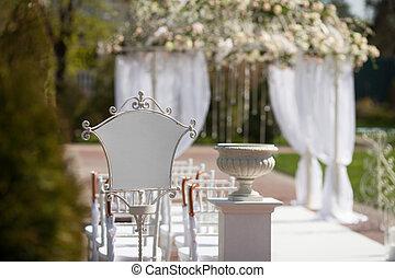 bolthajtás, a kertben, helyett, esküvő ünnepély