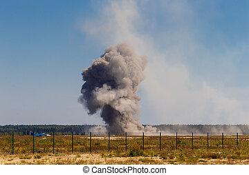 bombardeo, militar, después, explosión, airfield.