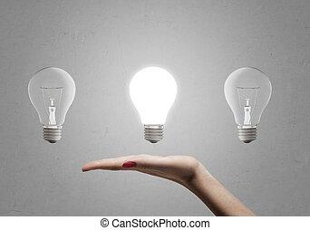 bombillas, ellos, sin, luz, mujer, tres, mano, conmovedor, tenencia