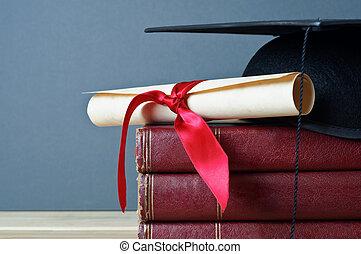 boné graduação, scroll, e, livros