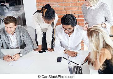bon, business, résultats, réaliser, équipe, mélangé, essayer, arced