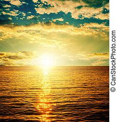 bon, coucher soleil, sur, orange, eau