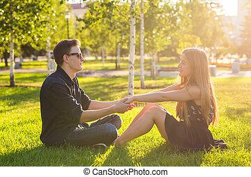 bon, séance, couple, parc, ensemble, herbe, avoir, temps