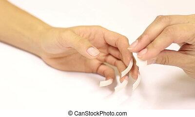 Bonding Tips For Nails