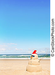 boneco neve, feito, saída, de, areia, com, chapéu santa