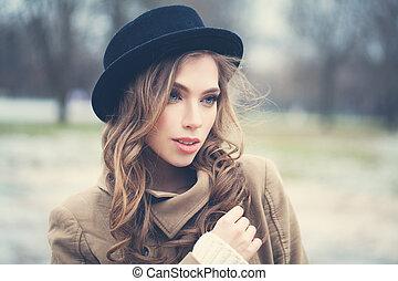 bonito, ao ar livre, mulher, jovem, retrato