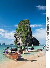 bonito, azul, pedra calcária, mar, coloridos, céu, ao, nang, barcos, rabo, longo, fundo, azure, pedras, praia
