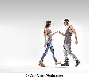 bonito, b-boy, dançar, com, um, adelgaçar, menina