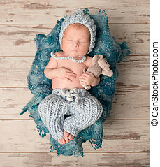 bonito, bebê recém-nascido, dormir, ligado, woolen, cobertor