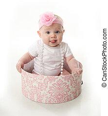 bonito, bebê senta-se, em, um, hatbox