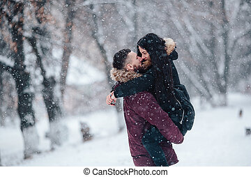 bonito, beijando, par, jovem