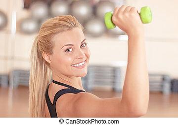 bonito, blond-haired, mulher, fazendo, condicão física, exercícios