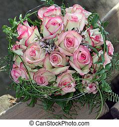 bonito, buquê nupcial, de, rosas cor-de-rosa