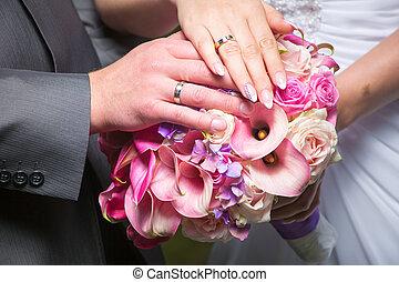 bonito, buquet, mãos, noivo, noiva, casório