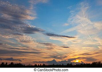 bonito, céu, com, nuvens, ligado, a, pôr do sol