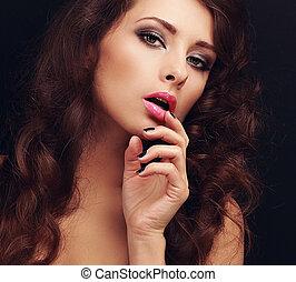 bonito, cabelo, mulher, maquilagem, longo, olhar, lábios, dedo, excitado