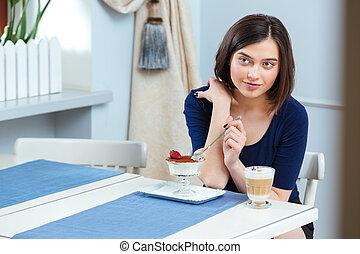 bonito, café, comer mulher, sobremesa, latte, bebendo, café